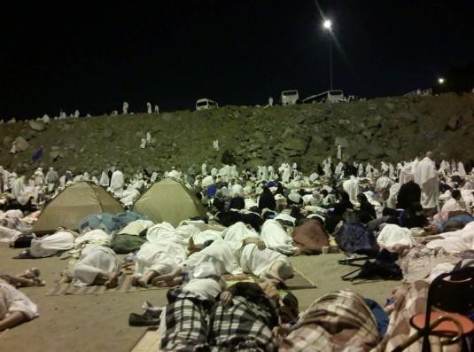 Night-Stay-at-Muzdalifah-Photos-of-Mecca